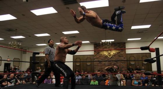 VsK soars above the ring