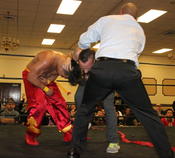 VPW Champion Ricky Reyes takes control over Kevin Tibbs and Kai Katana